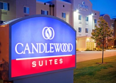 Candlewood Suites Bellevue 1 of 14