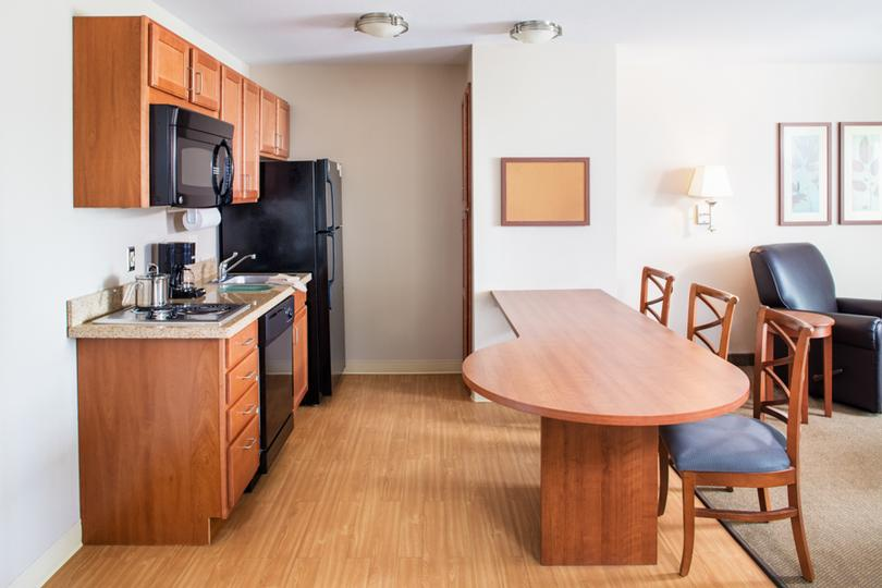 Fully Equipped Kitchen In Each Room 8 of 14