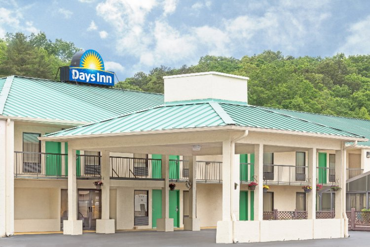 Days Inn Murphy 1 of 11