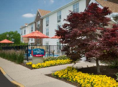 Towneplace Suites Blue Ash 1 of 12