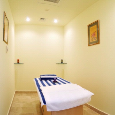 Massage Room 14 of 21