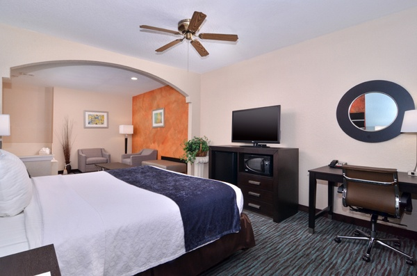 We Offer 42\' Inch Televisions In All Our Rooms. 10 of 16