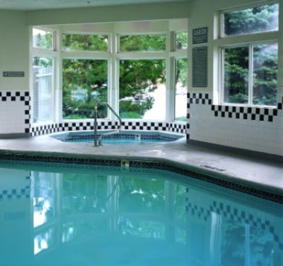 Indoor Pool Hot Tub & Exercise Facilities 3 of 3