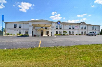 Americas Best Value Inn 1 of 10