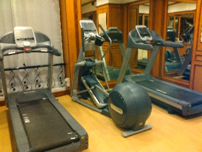 Hotel\'s Gym 12 of 13