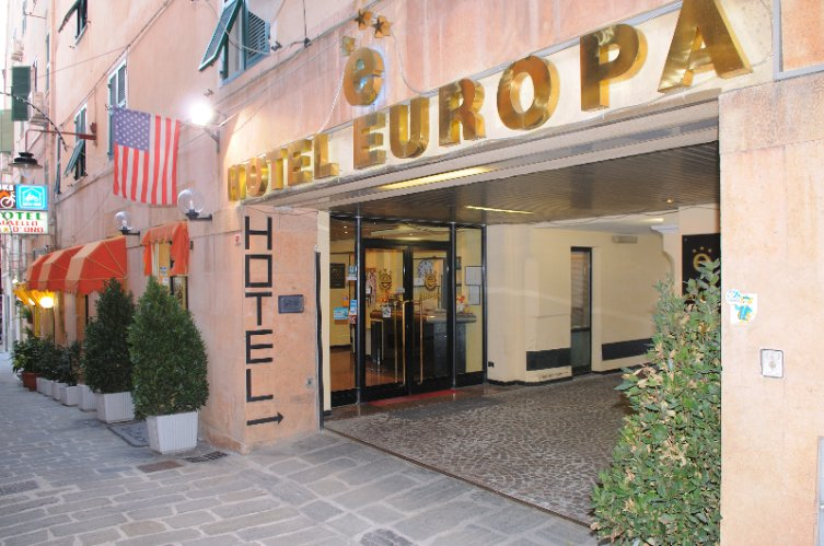 Comfort Hotel Europa Genova City Centre 1 of 9