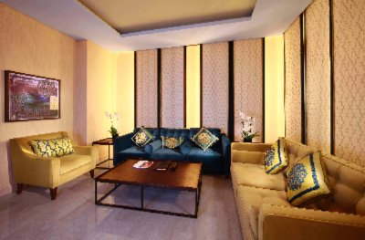 Al Mirqab Living Room Suite 3 of 15