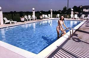 Swimming Pool 5 of 11