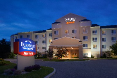 Fairfield Inn & Suites by Marriott 1 of 6