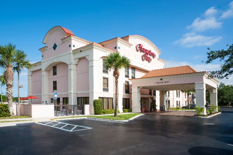 Hampton Inn Bonita Springs Naples North 1 of 25