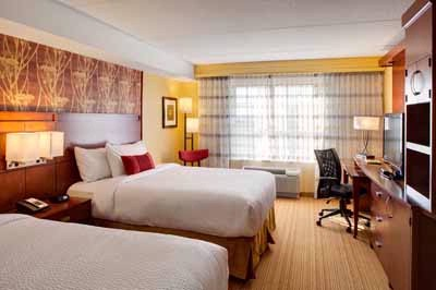 Our Guest Rooms Come With A Work Desk Ergonomic Chair High-Speed Internet Access And A Mini-Fridge. These Rooms Are Perfectly Accommodating For Groups Or Teams. 9 of 19