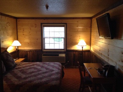 Reid Ridge Lodge -Cabin Style Lodging In Blue Ridge Mountains 10 of 13