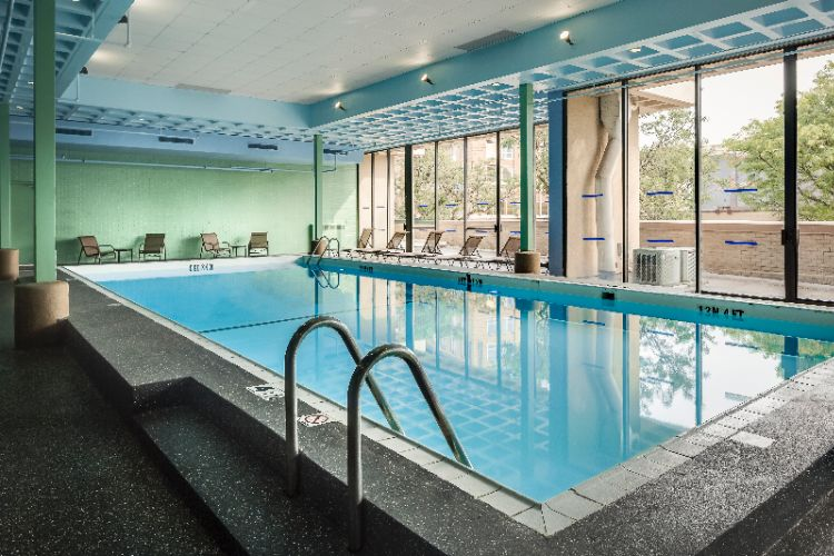 Holiday Inn Rock Island -Quad Cities -Indoor Pool 6 of 23