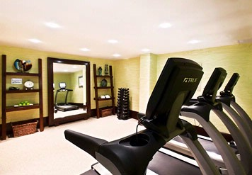 Recharge And Get Your Heart Rate Going In Our Fitness Room Featuring State-Of-The-Art Equipment. 9 of 11