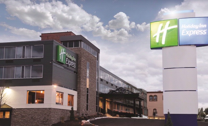Holiday Inn Express Sault Ste Marie 1 of 10