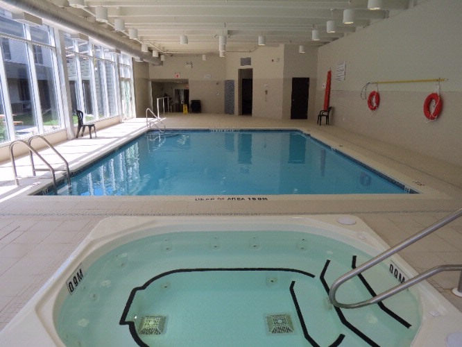 Relax In Our Indoor Pool With Whirlpool And Sauna Nearby. 6 of 10