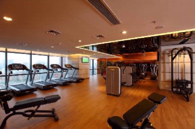 Well -Appointed Facilities Includes In-Door Swimming Pool Jacuzzi Sauna Steam Room And 24hrs Gymnasium Which 7 of 13