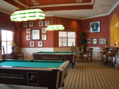 Billiard/arcade Room 8 of 11