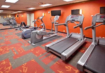 Our Fitness Center Provides You With Cardiovascular Equipment And Free Weights To Give You A Full Body Workout. Looking For Outdoor Recreation? Be Sure To Check Out Our On-Site Sport Court And Indoor Pool. 16 of 19