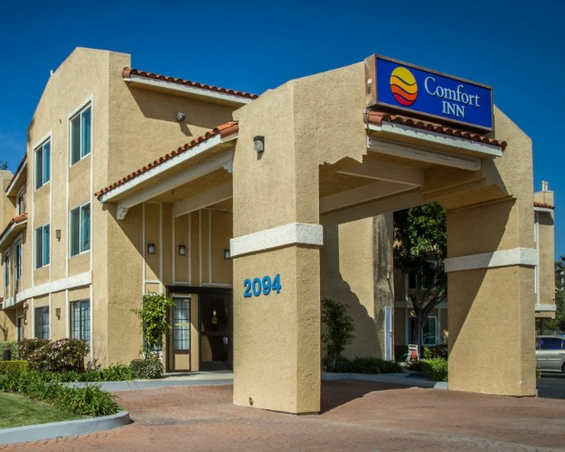 Image of Comfort Inn Ventura Beach