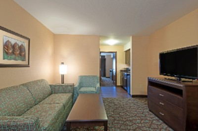 Holiday Inn Express Hotel Butte 2 Room Suite 13 of 14