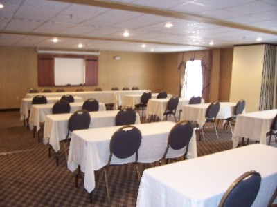 Let Us Cater To Your Needs In One Of Out Banquetg Rooms 4 of 10