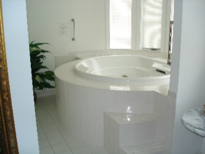 One Of Our 3 Over Size Jacuzzi Tubs 5 of 21
