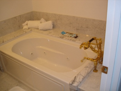 Standard Size Bathtub With Jacuzzi Jets 7 of 21