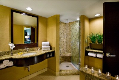 Large Luxury Baths In Suites 13 of 13