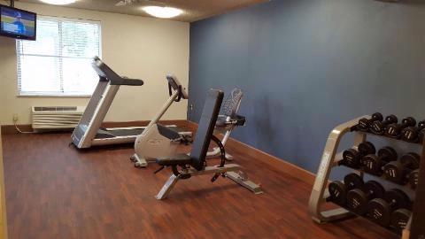 Fitness Center 3 of 8