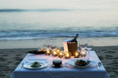 Barefoot Dinner On Trisara Beach 12 of 15