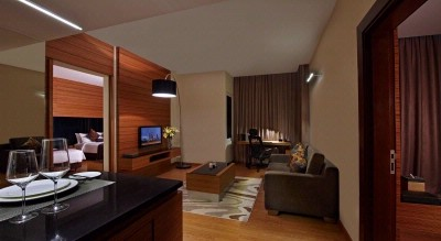 2 Bedroom Executive Suite 8 of 15