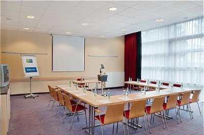 Conference Room Warschau 13 of 15
