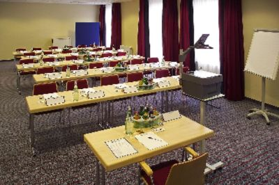 Conference Room Wien 14 of 15