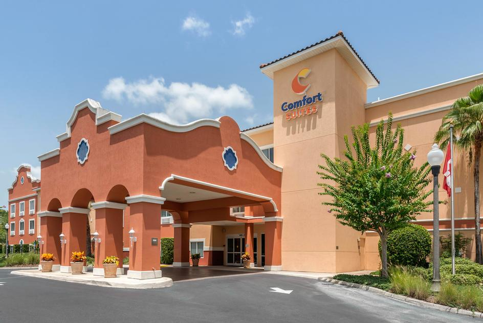 Comfort Suites The Villages 1 of 10