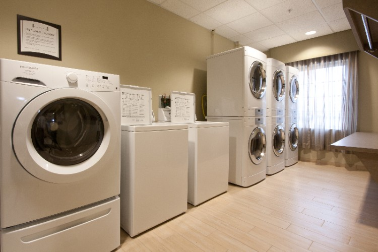Free Guest Laundry -No Coins Needed! 3 of 14