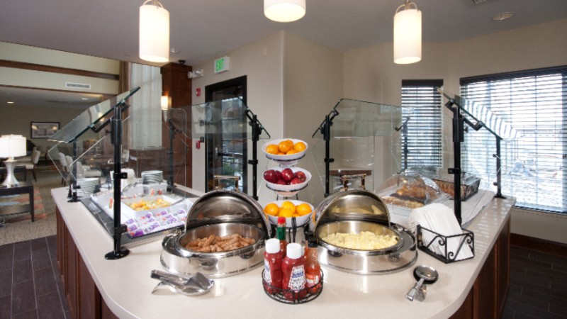 Free Hot Breakfast Buffet 5 of 14