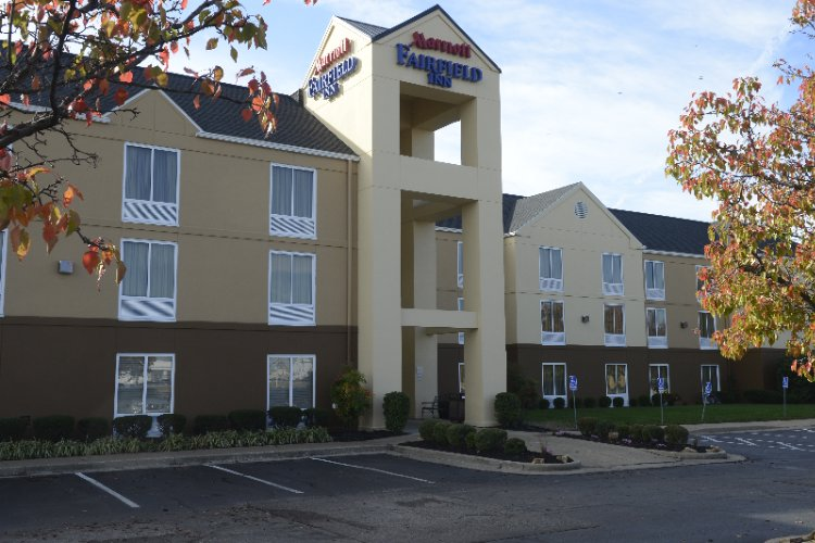 Fairfield Inn East 1 of 10