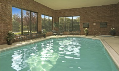 Relax In Our Heated Indoor Pool And Jacuzzi Tub. A Brand New Fitness Center Is Also Being Added This Winter. And For Those Of With Work To Do Or Just Need Directions To Print Stop By Our Complimentary Business Center. 4 of 8