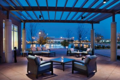 Hyatt Place Lakeside Patio 4 of 8