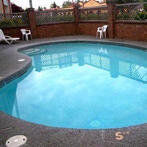Heated Outdoor Pool 5 of 10