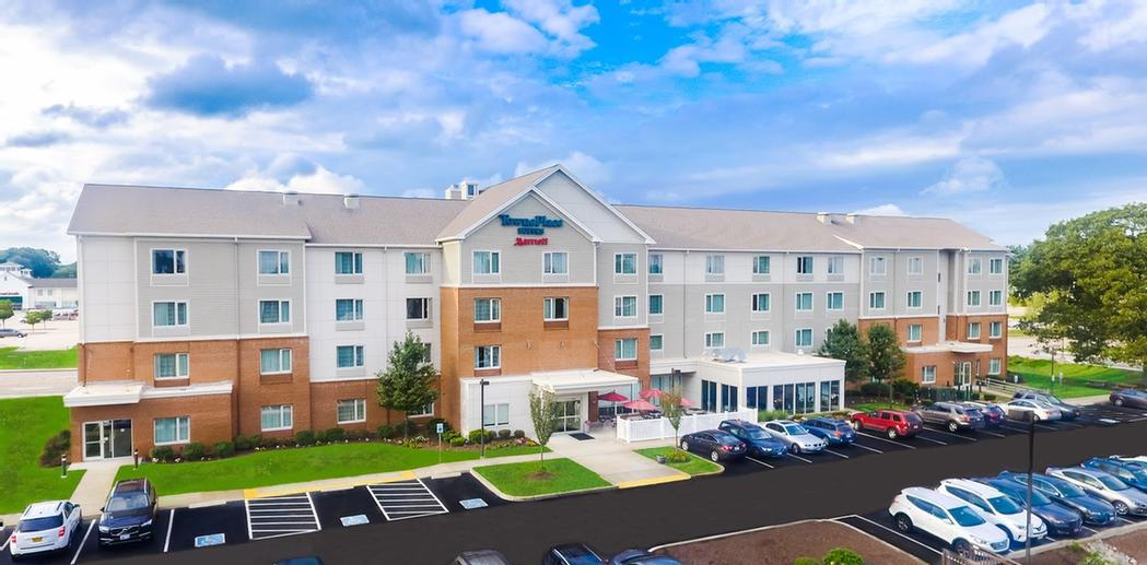 Towneplace Suites by Marriott North Kingstown 1 of 5