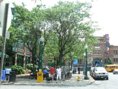 Explore Historic Armory Square 22 of 23