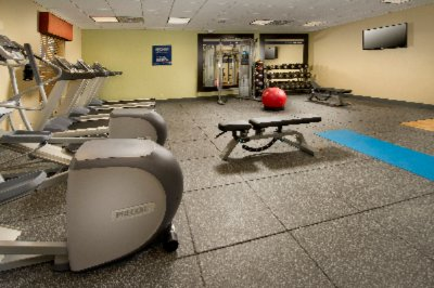 Fitness Center 11 of 12