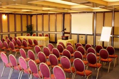 Meeting Room 15 of 19
