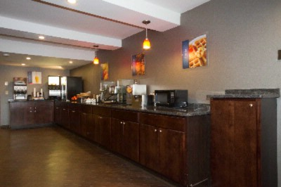 Kick-Start Your Morning With A Complimentary Deluxe Breakfast At The Best Western University Inn At Valparaiso. 5 of 7