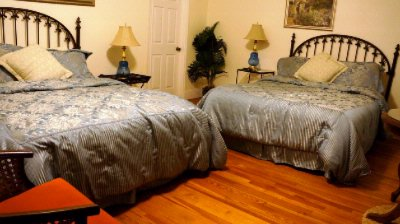 Deluxe Bed 6 of 6