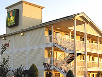 Sunsuites Extended Stay Hotels 1 of 8