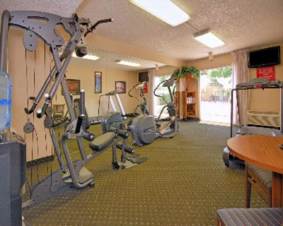 Exercise Room 10 of 13