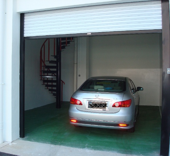 Private Garage 21 of 31